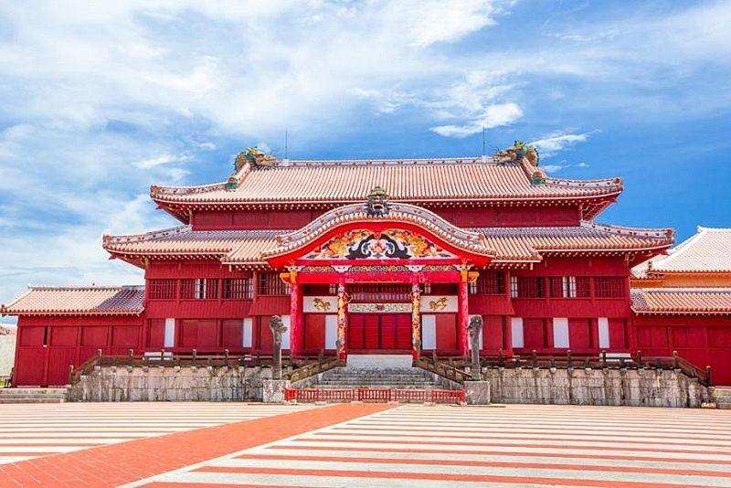 琉球王国の歴史や文化を伝える雄姿、沖縄のシンボル『首里城』