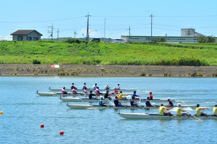 年々参加者も増え加古川市を代表するスポーツ、加古川市民レガッタ