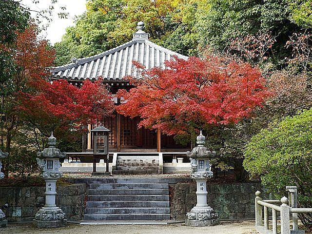 日光のお薬師さんとして信仰を集めている、日光山常楽寺