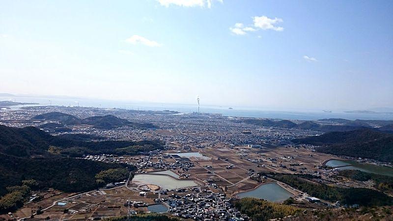 山頂から一望できる播磨平野