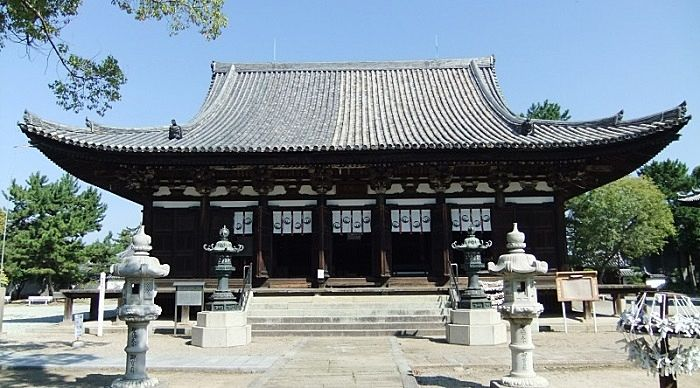 鶴林寺の本堂