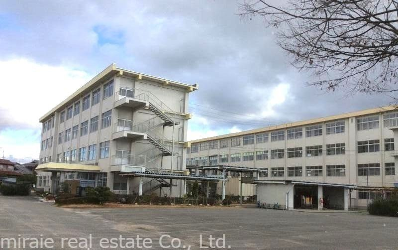 加古川市立 野口北小学校です