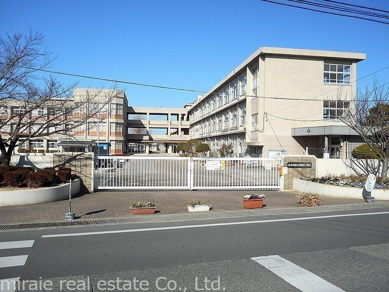 加古川市立 平岡小学校です