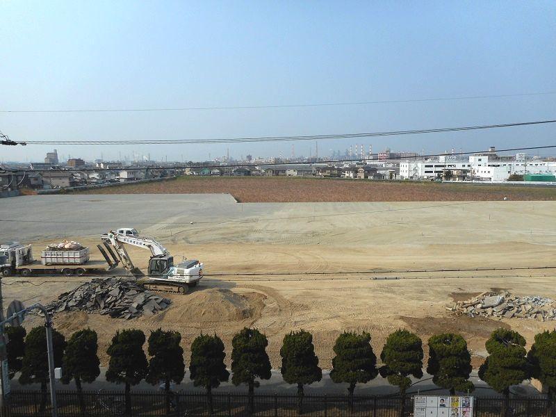 加古川東市民病院は解体され、ほぼ更地の状態になりました