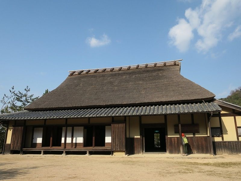 県指定文化財 本岡家住宅の外観です