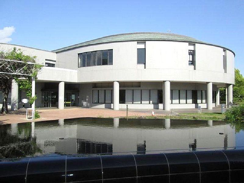加古川中央図書館の外観です
