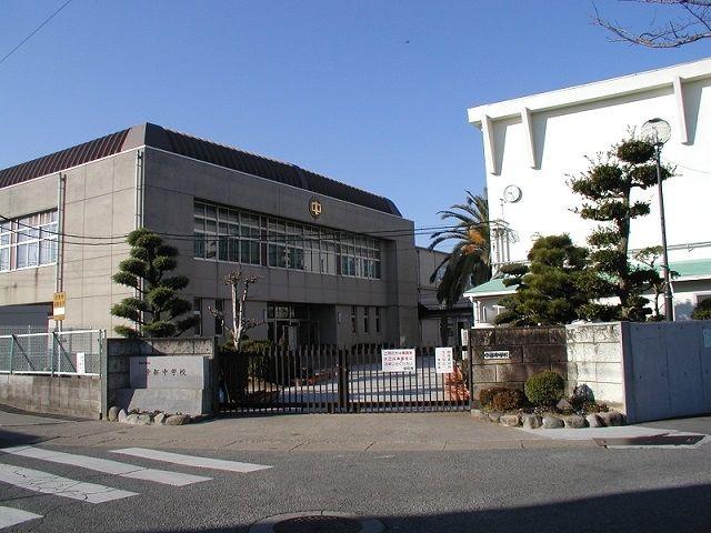 加古川市立 中部中学校です