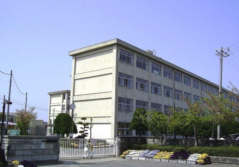 加古川市立 平岡中学校