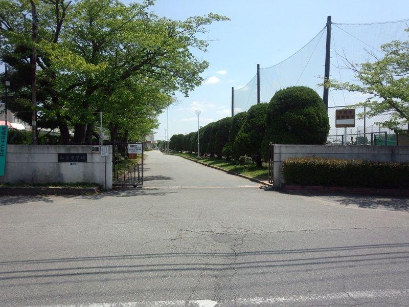 加古川市立 山手中学校です