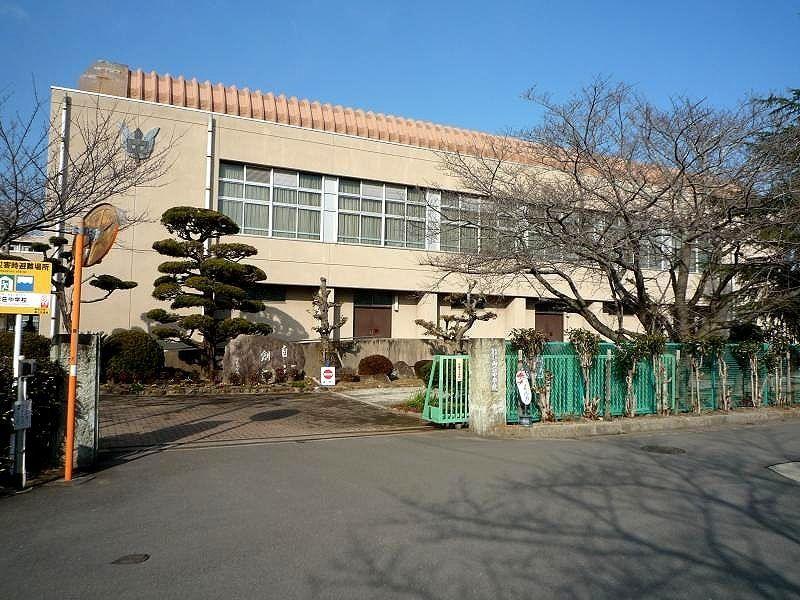 加古川市立 両荘中学校です