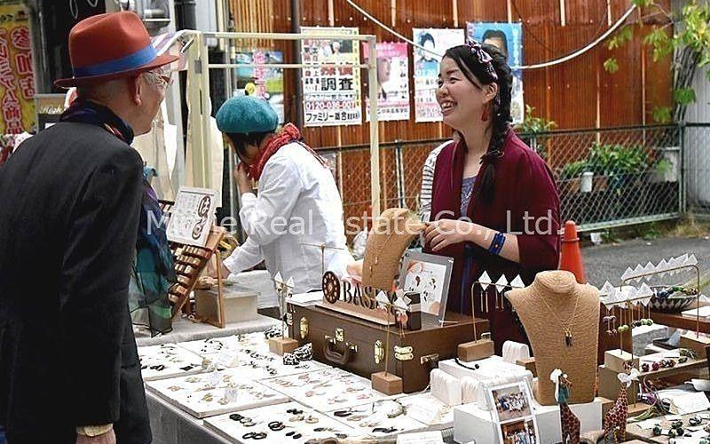 ノスタルジックな商店街、加古川市の寺家町商店街の恒例イベント「蚤の市」 次回は令和元年10月6日(日)の開催です!