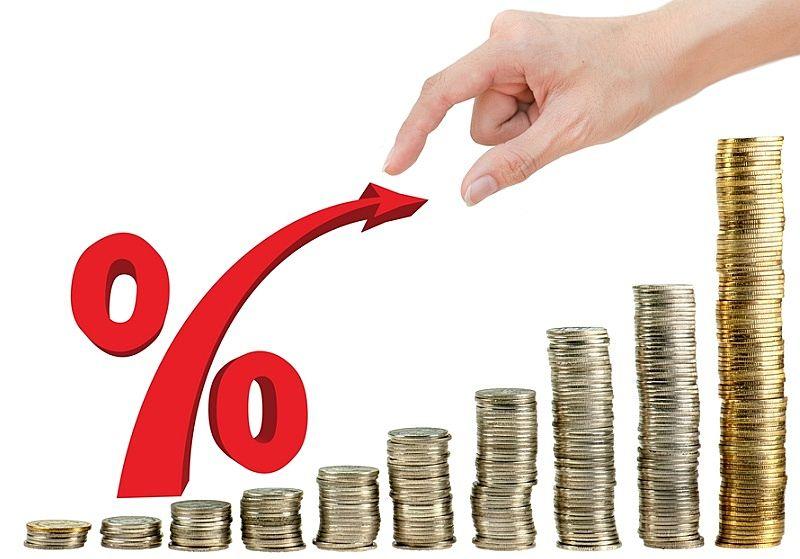 営業マンの給与体系が原因、歩合制やフルコミッション