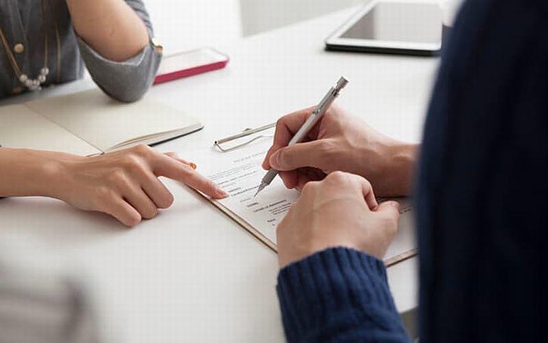 改正民法「契約不適合責任」がスタートしました。瑕疵担保責任から契約不適合責任に変わることで売主様の責任は、残念ながらさらに重くなり買主様は、より安心して購入ができる内容となっています。前回の…