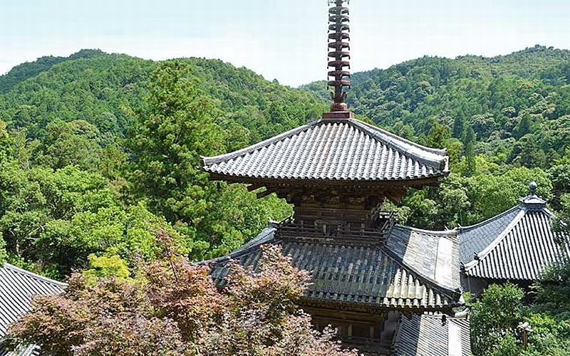 加西市の法華山「一乗寺」