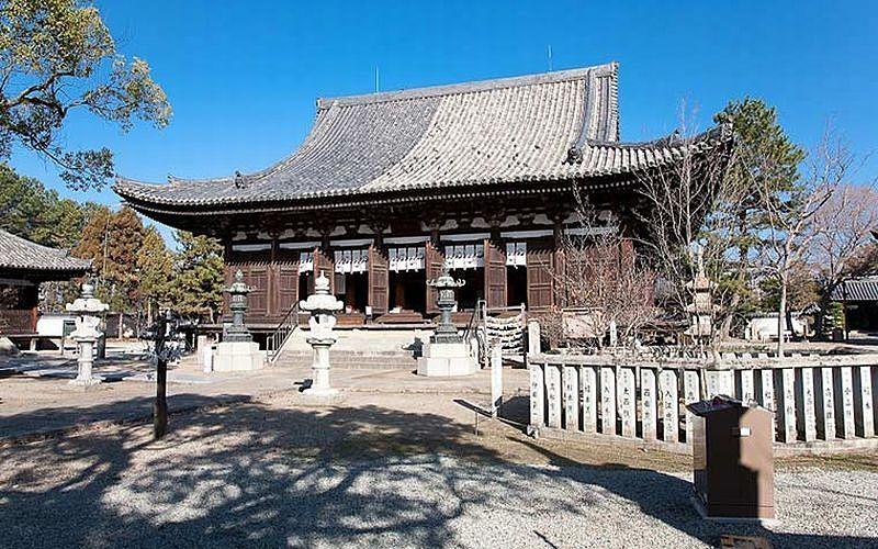 加古川市の刀田山「鶴林寺」