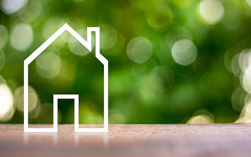 古家付き土地の売却は古家付きのままか更地での売却か?どっちを選ぶべきですか?