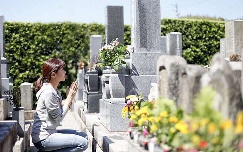 お盆の由来と花火大会、お墓参りのマナー 知ってるようで知らないこと