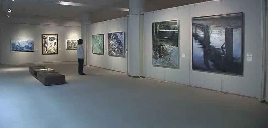 市民が開催する展示会などに利用されている美術ギャラリー