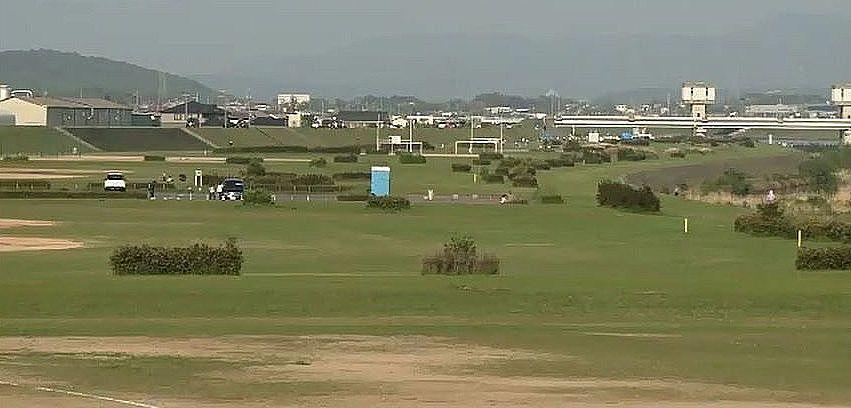 加古川大関の下流、右岸にある両荘地区河川敷公園
