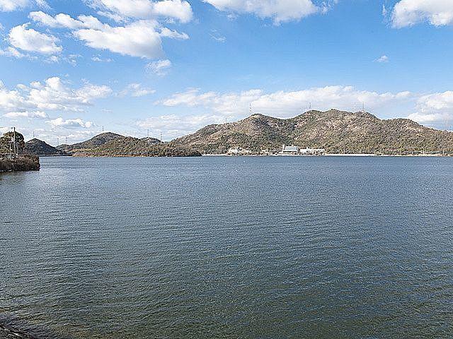 水の需要のために造られた平荘湖