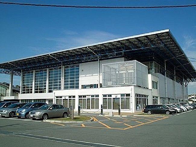 室内競技としている、加古川市立の日岡山体育館