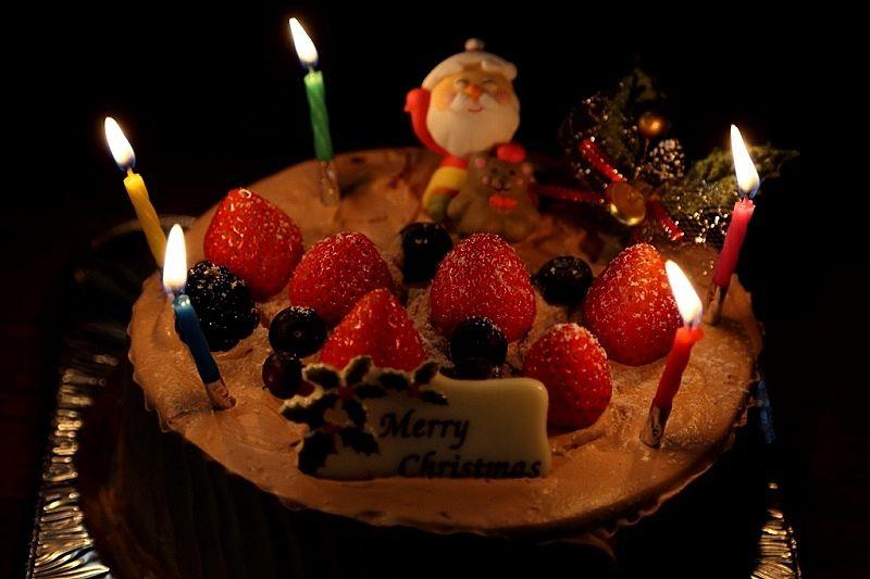 クリスマスケーキで力を発揮するキャンドル(蝋燭)